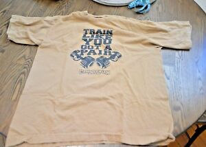 Pre-owned-Camp-Arifjan-Kuwait-Army-gym-T-shirt-Train-Like-You-Got-a-Pair-Men-M