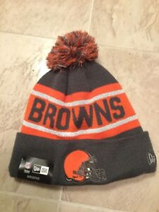 d3580cd0c6d NWT NEW ERA REFLECTIVE CLEVELAND BROWNS GRAY ORANGE WINTER POM KNIT ...
