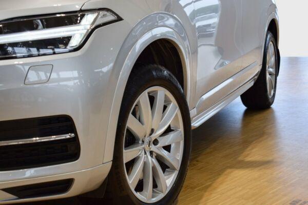 Volvo XC90 2,0 D5 235 Momentum aut. AWD 7prs - billede 4