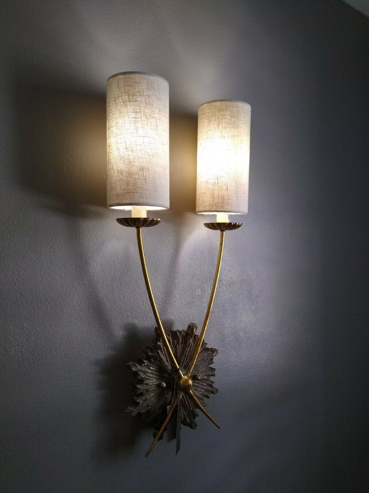 Regina Andrew Louie Wall Sconce Light !! Beautiful and Expensive Elegance !!