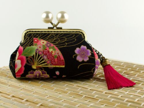 Hand crafted gold embossed Japanese Sakura coin purse collectable #0148
