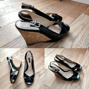 Ladies CLARKS Black Patent Leather