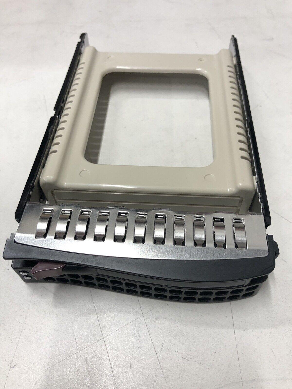 Supermicro MCP-220-00075-0B Black Gen 5.5 Hot-Swap 3.5-Inch HDD Tray