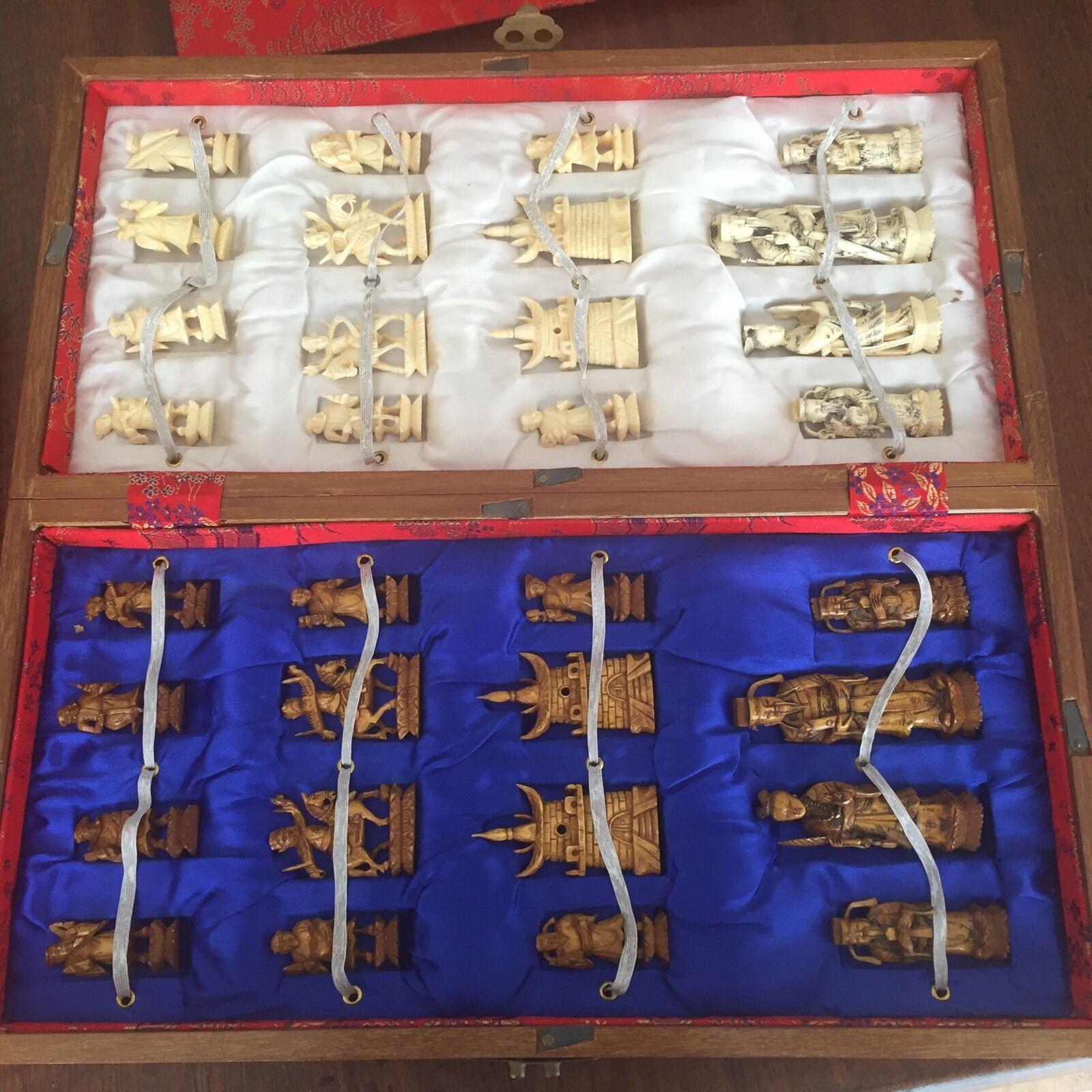 Scacchiera Legno E Pedine Avorio finemente lavorato lavorato lavorato Origine Cina Vintage 640180