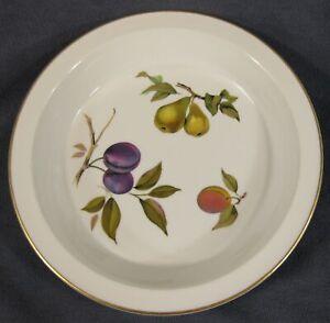 Royal-Worcester-Evesham-Gold-Large-Pie-Baker-Round-10-034-Peach-Pear-Plum-Porcelain