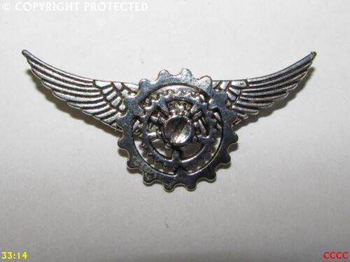 steampunk brooch badge pin silver wings silver cogs gearwheels mechanical
