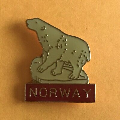 POLAR BEAR  WILDLIFE ANIMAL LAPEL PIN BADGE . NEW