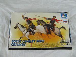 Discret Italeri 352 Soviétique Cavalerie Wwii Cosaques (2 Chevaux/cosaques 1:35) (1995) Neuf-s 1:35) (1995) New