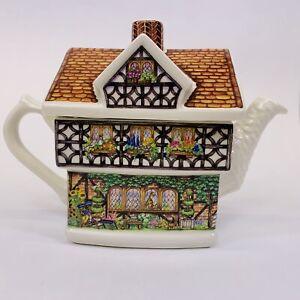 James-Sadler-Wisteria-Lodge-Country-Cottages-Ivy-House-Fine-Bone-China-Teapot
