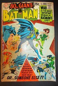 DC-Comics-Bat-Man-208-GIANT-Poison-Ivy-Catwoman-1969-Vintage-Old-Comic