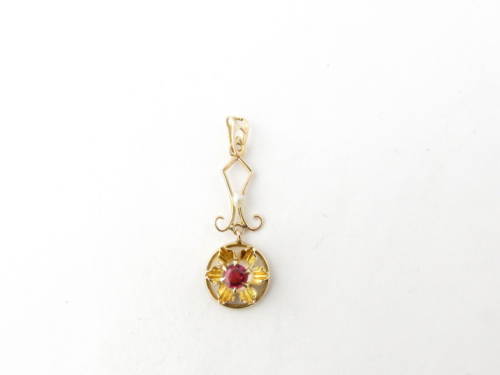 Vintage 10 Karat Yellow Gold Synthetic Ruby and P… - image 1