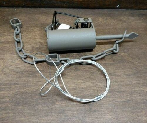 1 Powder Coated Duke DP Dog Proof With a Free Cable Extension Raccoon Trapping
