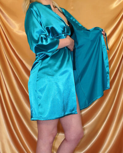 Brillant Satin Peignoir//Kimono Turquoise Taille 36 38 40 avec ceinture Souple