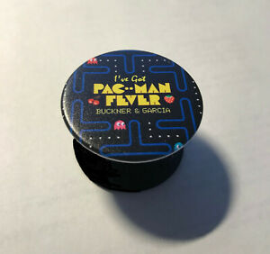 For-Pop-Socket-Fans-Celebrate-the-80-039-s-With-A-034-Pac-Man-Fever-034-Collapsible-Grip