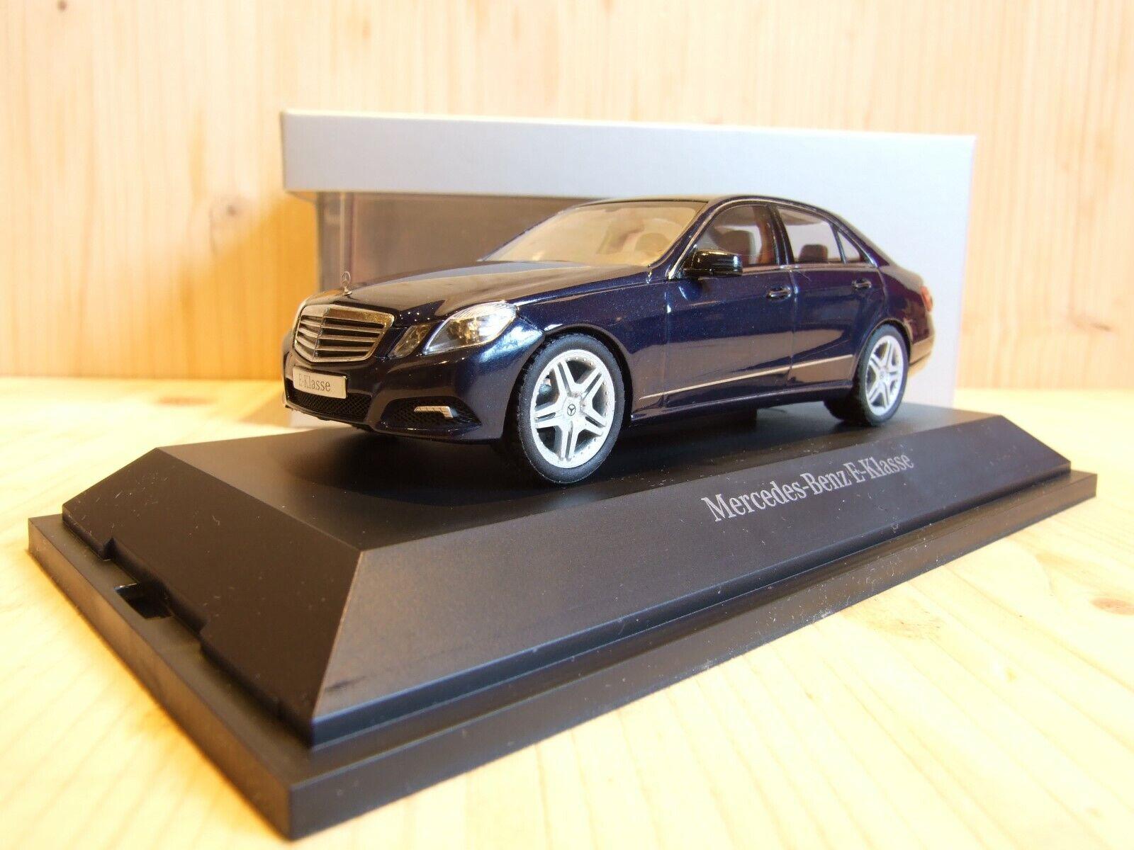 Mercedes-Benz E500, W212, LIM., 1 43, tansanitblaumet., AMG WHEELS, B6 696 0208