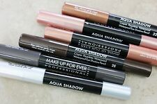 Make Up For Ever -Aqua Shadow (#20E Taupe)