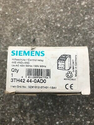 Siemens Hilfs-SCHÜTZ,4S+4Ö,3TH4244-0AL2 230V//AC//50Hz 4KW OVP 3TH4244-0AP0