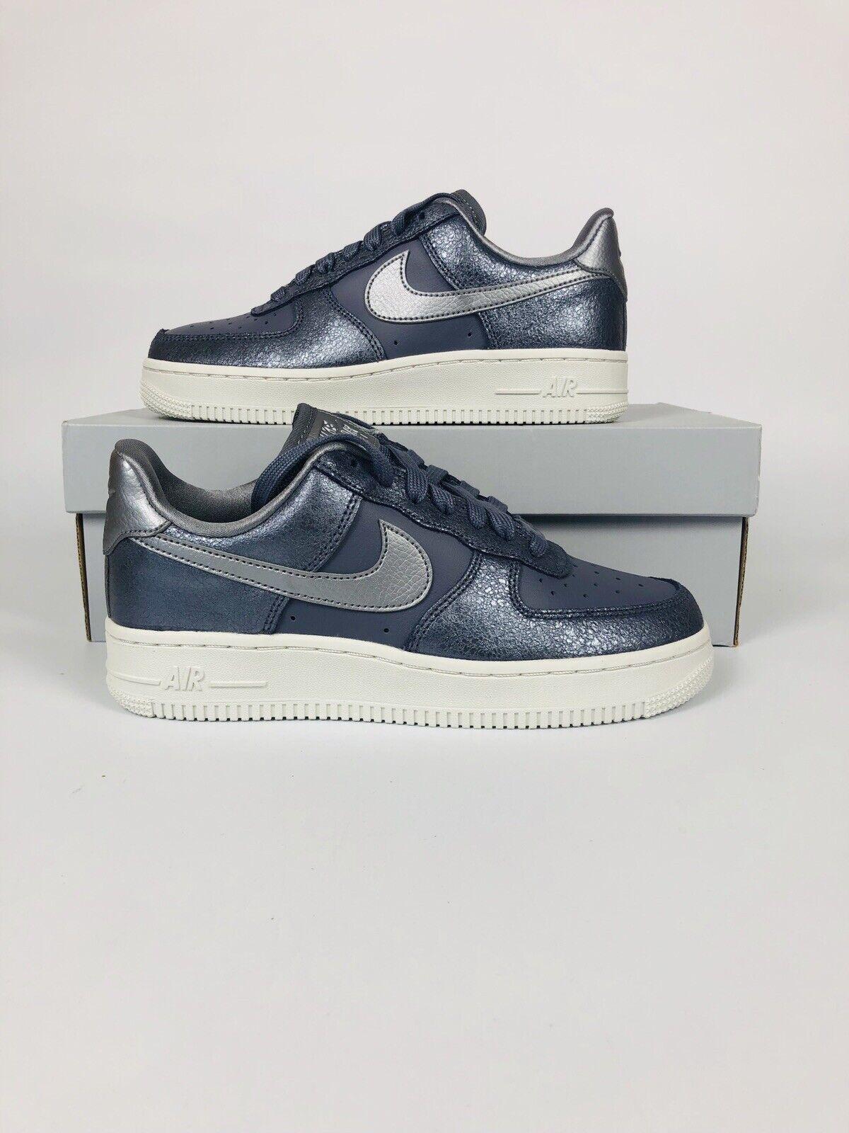 New Nike Air Force 1 07 Premium Women's Running shoes  896185-005