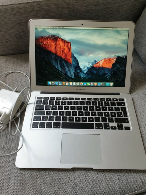 MacBook Air, Primo 2015, 2,2 GHz, 8 GB ram, 500 GB…