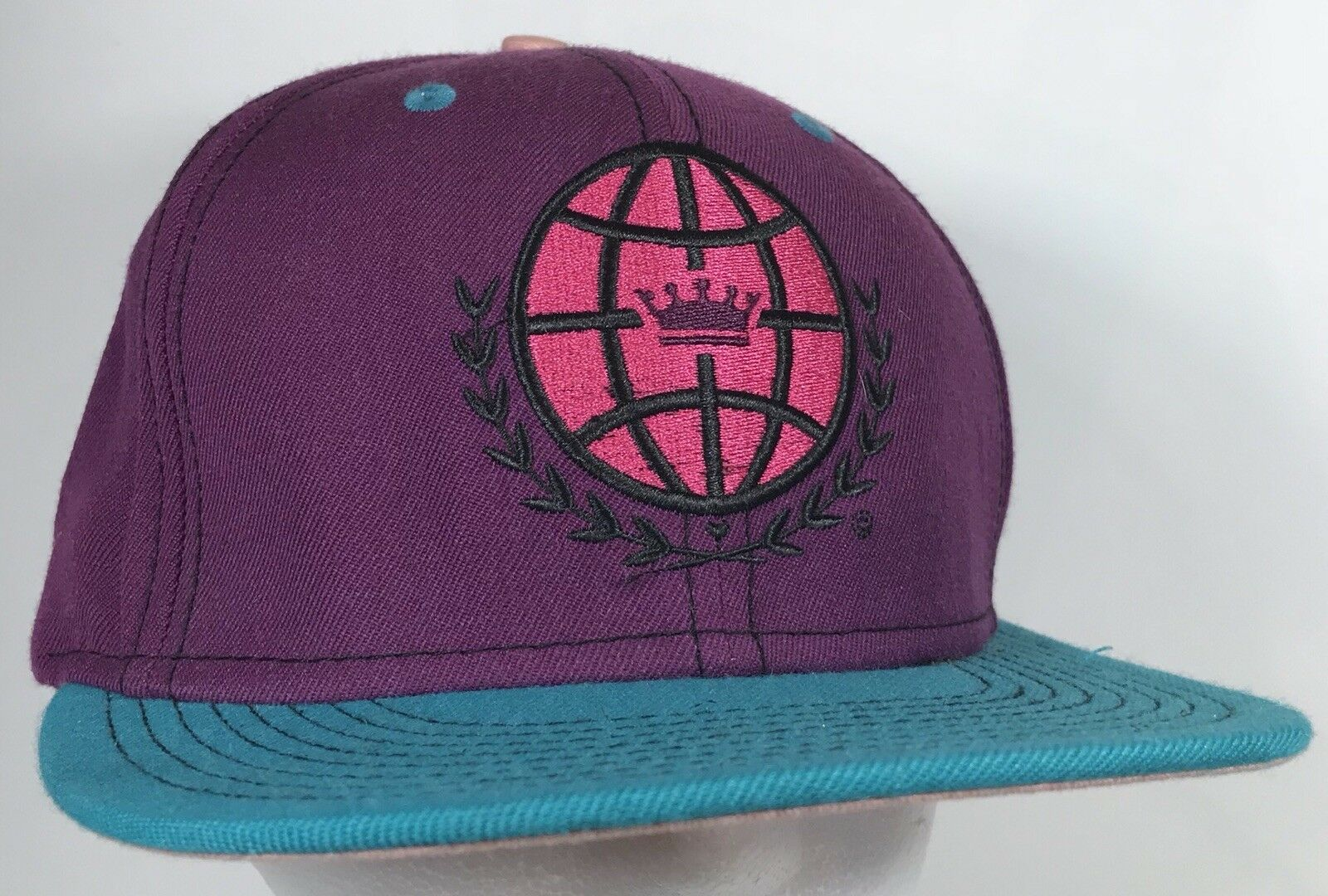 Love is Earth Hat Featival Purple Teal Pink Hippie Featival Hat Cap Snapback World Logo Crown 4a5143