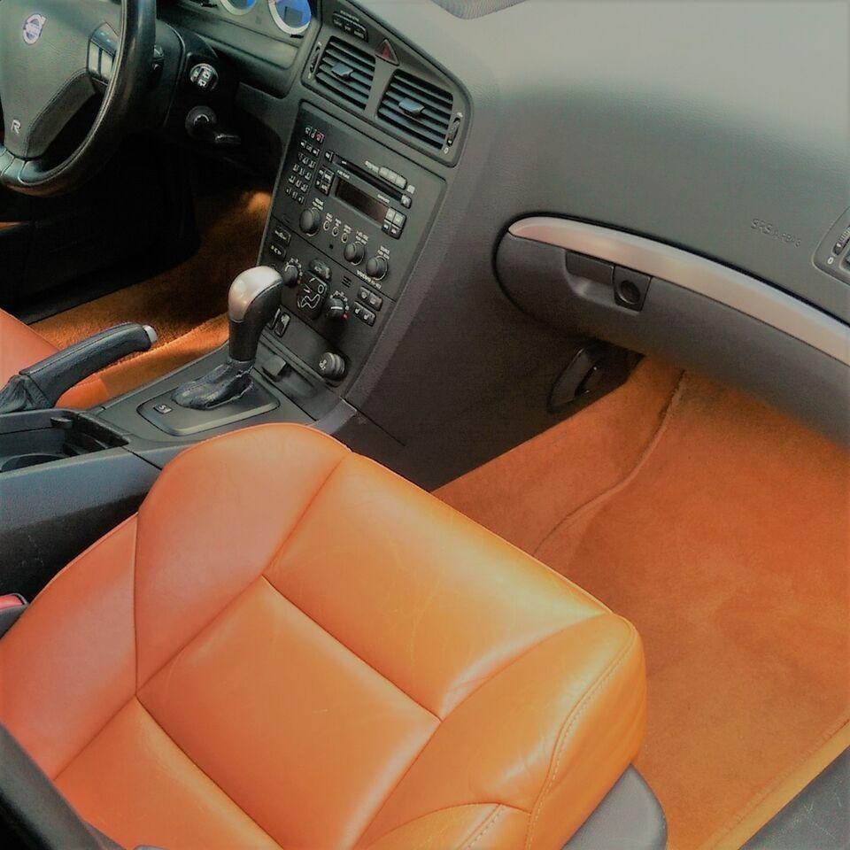 Volvo V70R 300HK