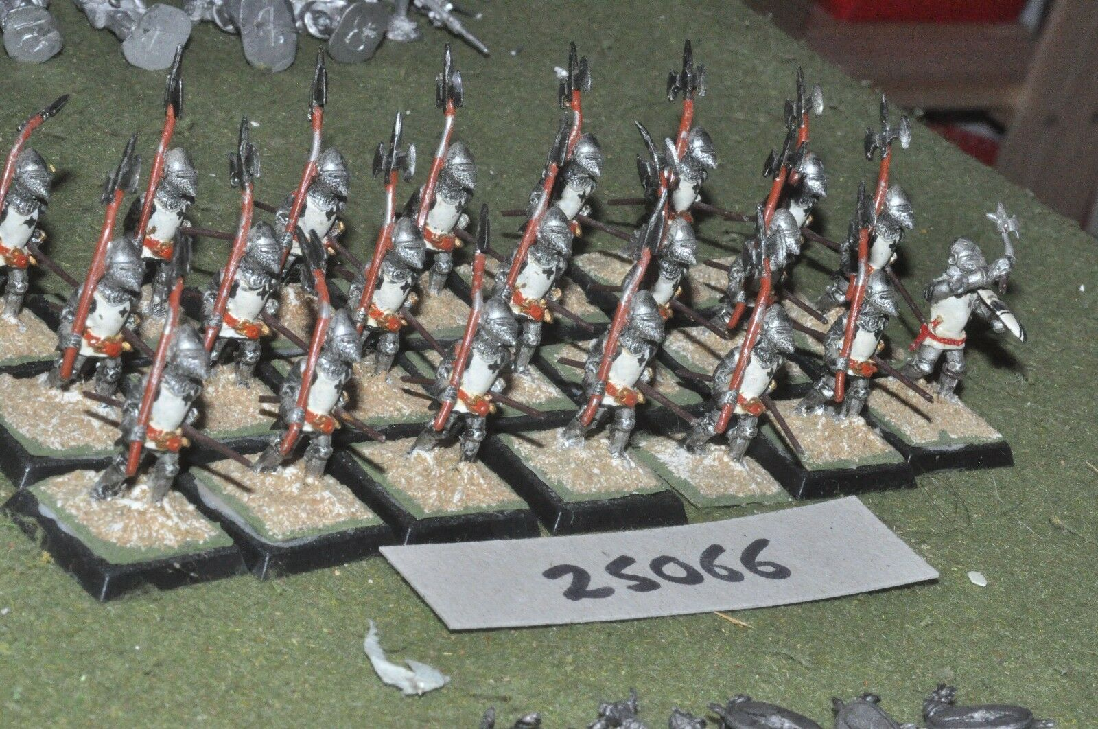 25mm medieval   english - dismounted men at arms 21 figures - inf (25066)