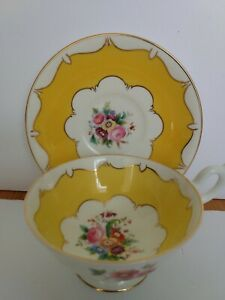 Coalport-Wide-Mouth-with-Yellow-Panels-Bone-China-Tea-Cup-and-Saucer-PAT-9926-5