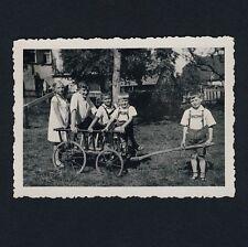 """LOSSBURG Lkrs Freudenstadt / """"Im Wirtsgarten"""" Kinder mit Leiterwagen * Foto 1934"""