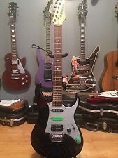 Ibanez Strat Style Electric Guitar with Ibanez Gig Bag!! Nice Player!!!