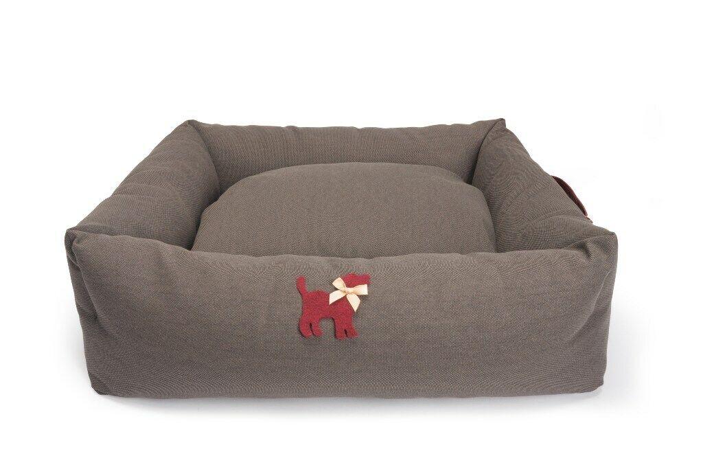 Cuccia rettangolare per cani e gatti Marronee con Maniglia  e Fondo antiscivolo