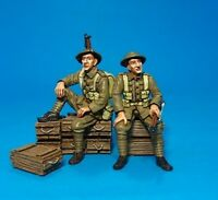 John Jenkins Designs Gwb-20 The Great War 2 Tommies Waiting 1/30 Scale Soldiers