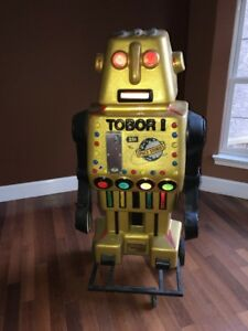 Scarce-1970-s-Tobor-The-Great-Robot-Store-Display-Light-Up-Coin-Operate-Rare-5ft