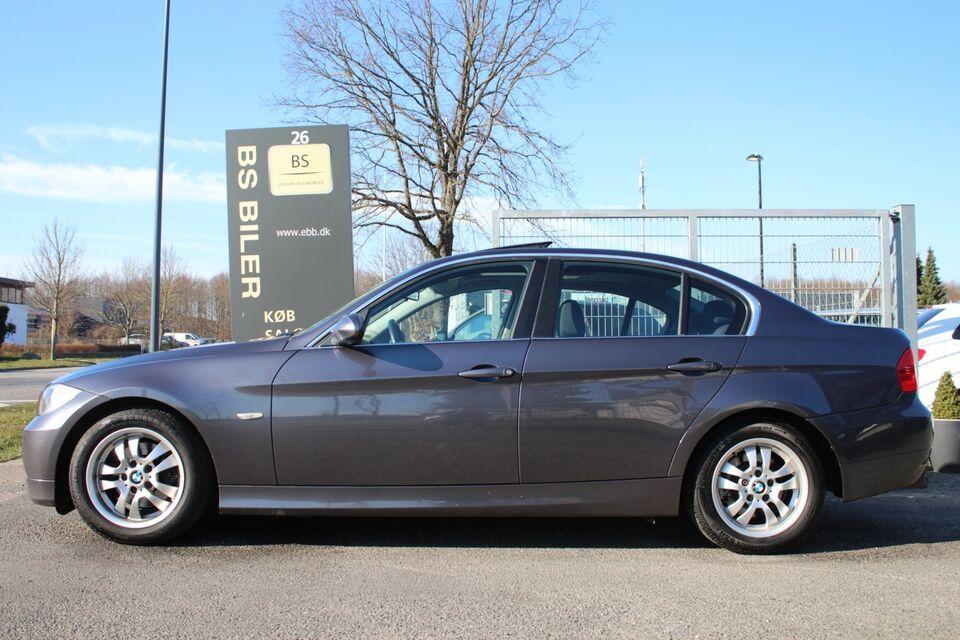 BMW 325i 2,5 aut. Benzin aut. Automatgear modelår 2005 km