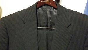 EXPRESS-PRODUCER-2PC-2BTN-Men-039-s-Black-Pinstriped-Suit-Size-38R-Pants-32-30