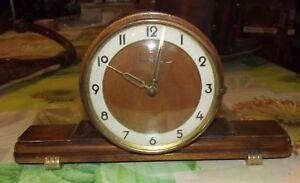 Modeste Old Vintage Art Deco Mark Vedette Clock , Pendule à Poser Fonctionne Mécanisme 50% De RéDuction