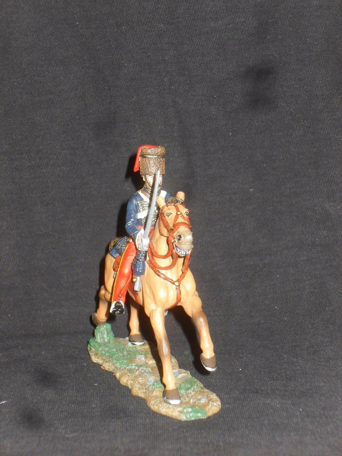 KING AND COUNTRY CRIMEAN WAR CRW23 MOUNTED 11TH HUSSAR HUSSAR CHARGING.