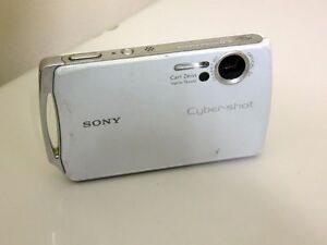 Sony Cyber-shot DSC-T11 5.1MP - Digital Camara - Blanco