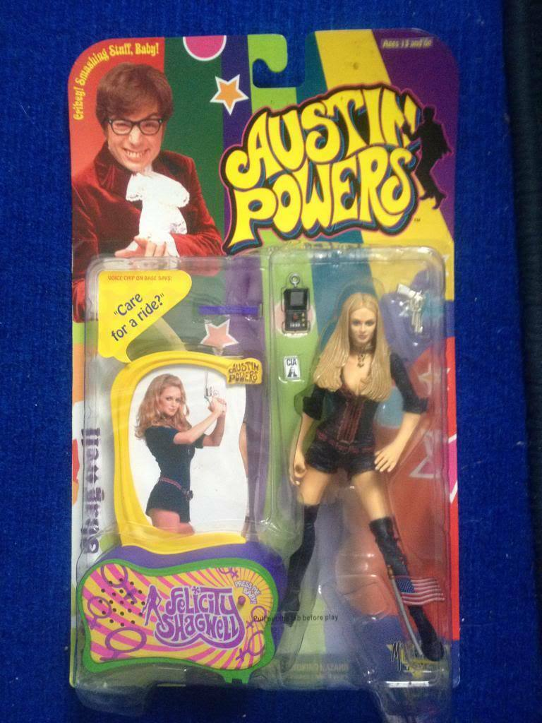 Austin Powers Powers Powers - Felicity Shagwell Action Figure Carded New d5d1df