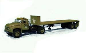 First-Gear-50-3088-Ford-F-800-Tractor-amp-Flatbed-U-S-Army-Transport-1-50-New-MIB