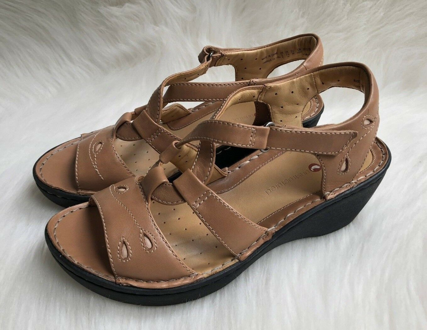 Women's Clarks Artisan Unstructured Tan/Beige Leather Wedge Sandals Sz 7.5W