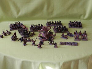 WARHAMMER-SKAVEN-ARMY-MANY-UNITS-TO-CHOOSE-FROM