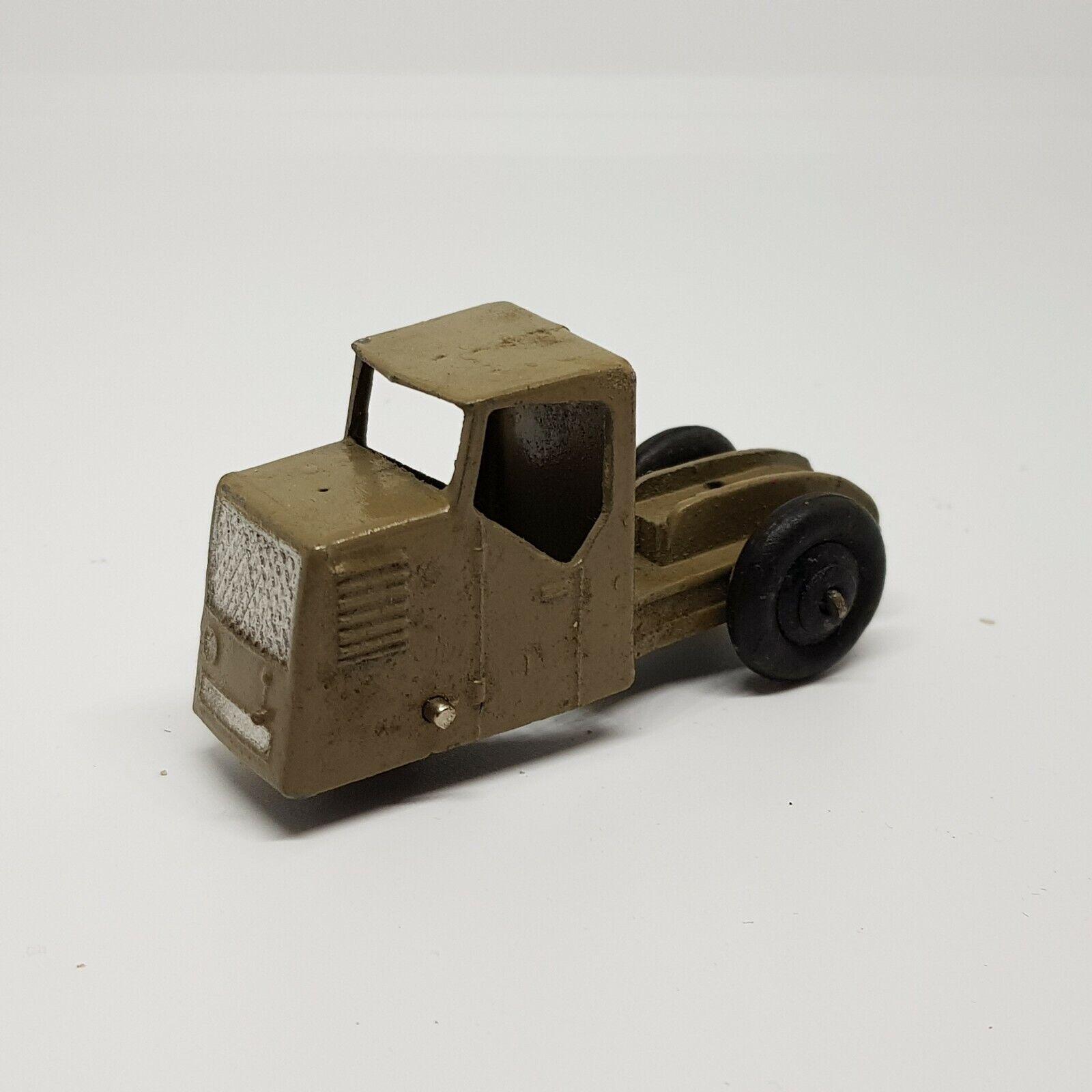 70 70 Dinky pre war mechanical horse no trailer