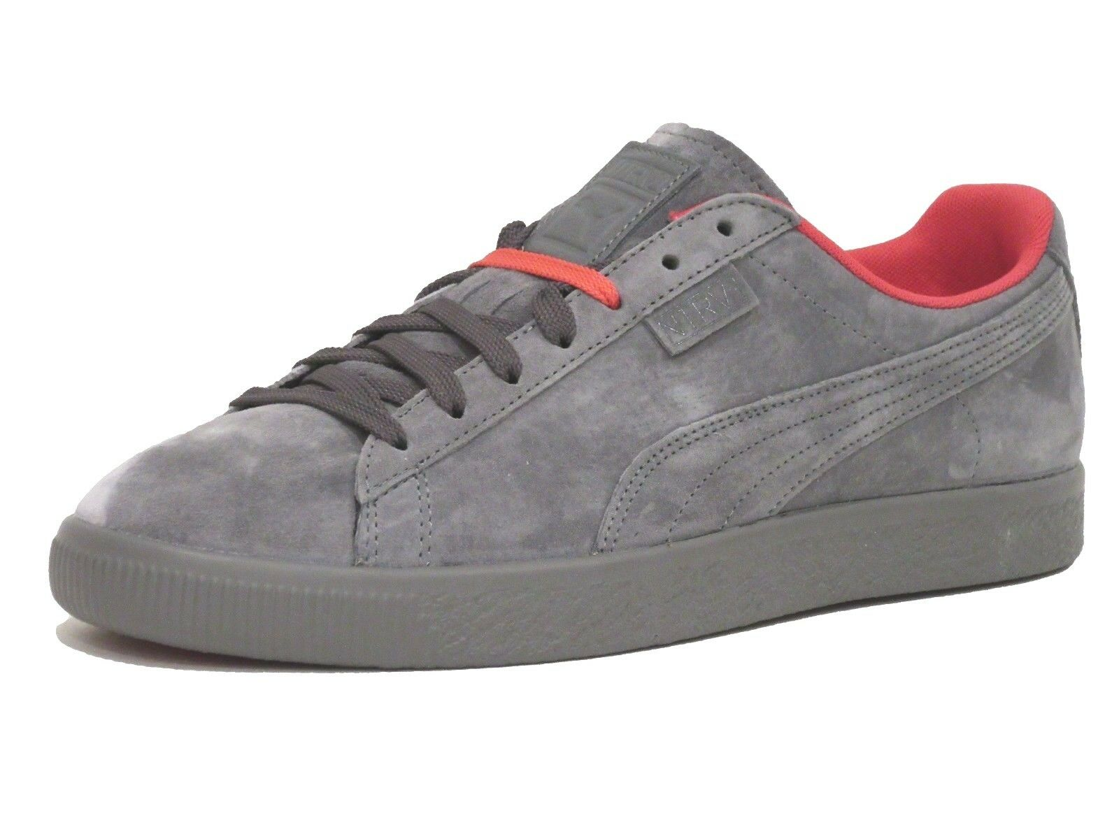 Puma Homme X Staple Clyde  Suede Fashion Sneaker