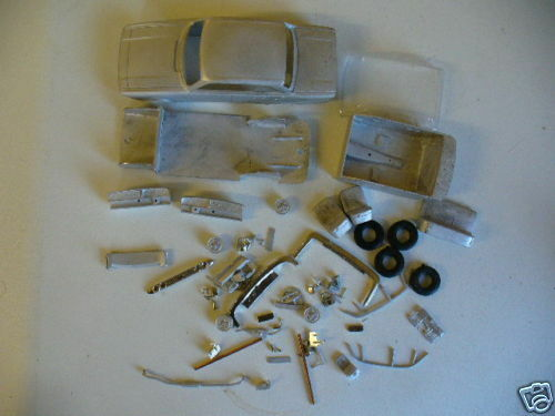 Triumph 2000 Mk2 Saloon in 1 43rd scale kit by K & R Replicas