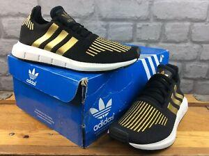 Adidas OG Femmes UK 5 EU 38 Swift Run Running Trainers Black gold RRP £ 70 m