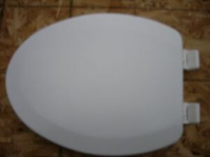 New White Wood Toilet Seat Elongated With Plastic Bolts EBay