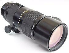 NIKON AIS 300mm 4.5 Nikkor + Case