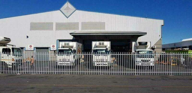 Warehouse / Factory in Prime Location Available To Let in Montague Gardens