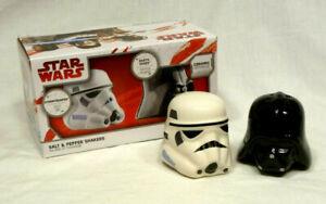 Star-Wars-Ceramic-Salt-amp-Pepper-Shaker-Set-Stormtrooper-amp-Darth-Vader-NIB