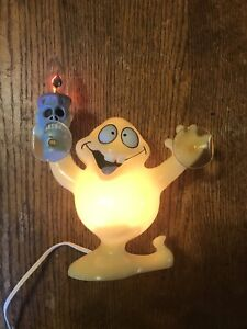 Hallowscream-Vintage-Halloween-Ghost-Light-up-Candelabra-Mint-In-Box-Rare-1997